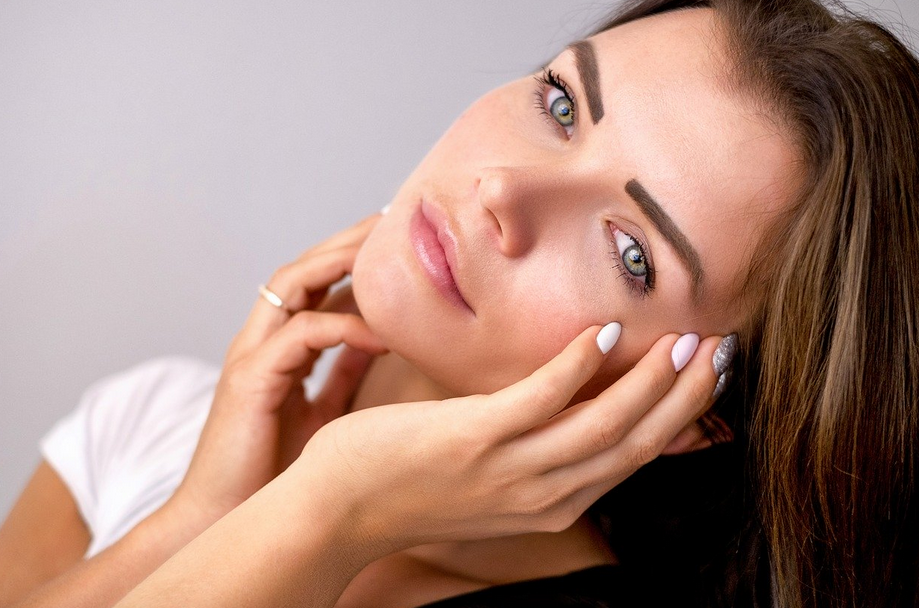 """Avoid the """"Frozen Face"""" Look with Botox Injections From East-West Physicians in Coconut Creek"""